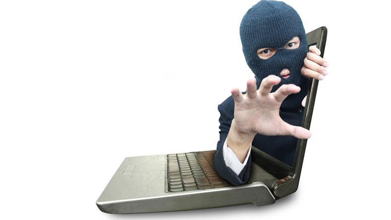 Hacker'lar Hesap Bilgilerini Çalmak İçin Monitörü Seçiyor