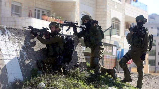 İsrail ordusu Filistin'in Halhul beldesini kuşatma altına aldı